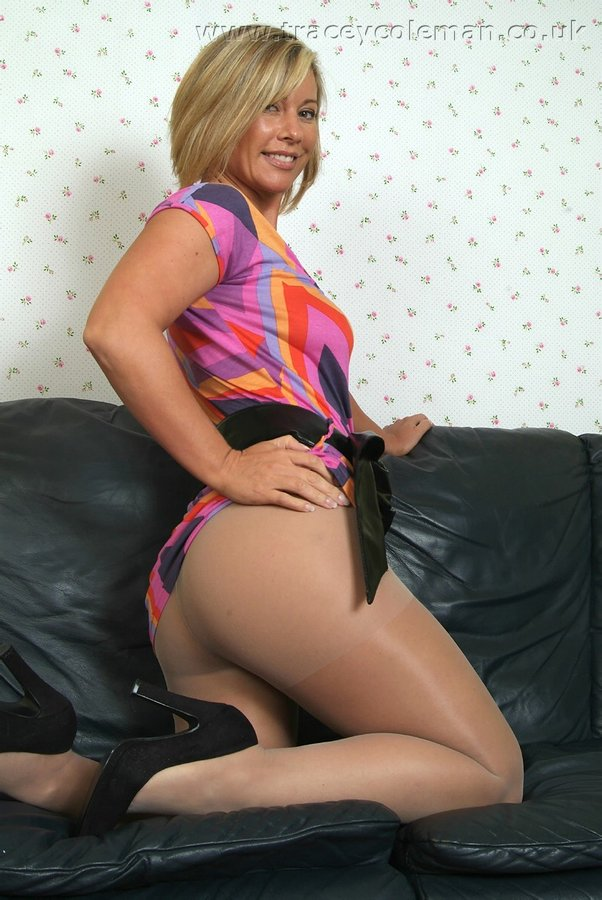 Real Pantyhose Teens Tracey 74